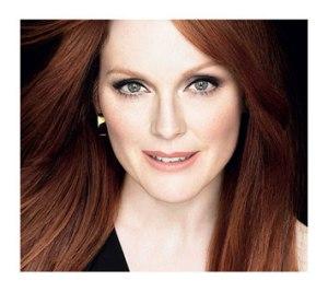 Julianne a renoncé au Botox, L'Oréal, pas à photoshop!