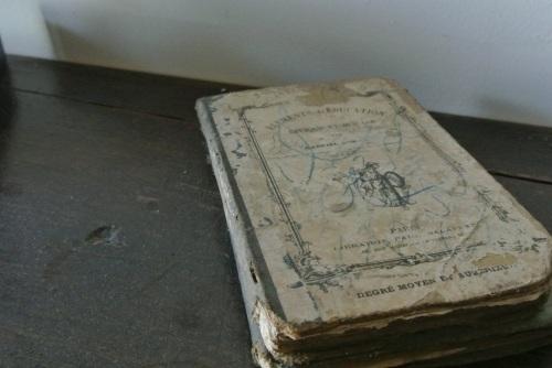 Un vieux livre.