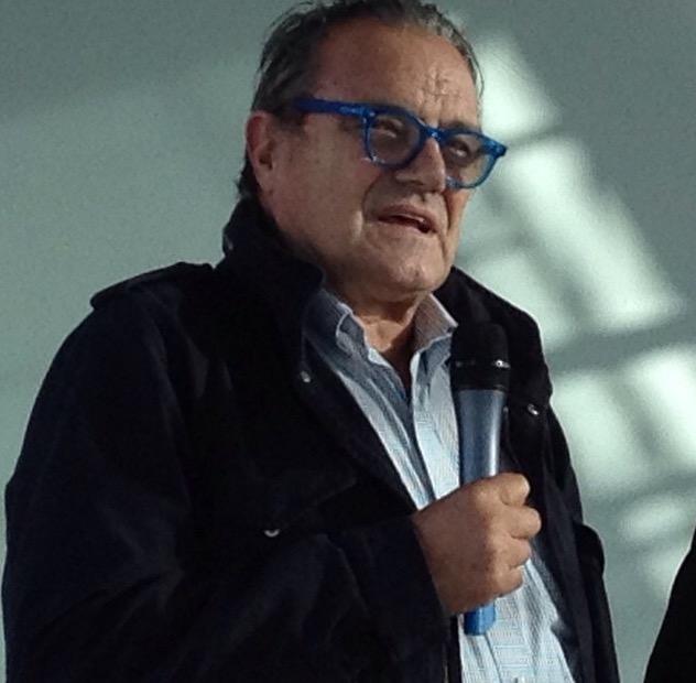Oliviero Toscani : Jeune Vieillis Pas